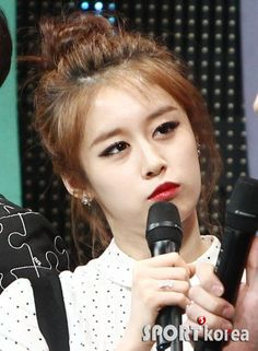 Jiyeon MC @ SBS MTV The Show 150414 Credits: Star... - T-ARA Park Jiyeon Fan Blog 티아라 박지연 팬 블로그
