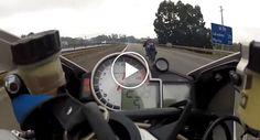 Motociclista Faz Cavalinho a 299km/h Em Autoestrada Movimentada http://www.desconcertante.com/motociclista-faz-cavalinho-299kmh-em-autoestrada-movimentada/