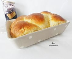 Brioche moelleuse de Christophe Michalak brioche-moelleuse-michalak The post Brioche moelleuse de Christophe Michalak & Ideas (i will organize this once school is over) appeared first on Essen und trinken . Pureed Food Recipes, Chef Recipes, Pizza Recipes, Italian Recipes, Cooking Recipes, Breakfast And Brunch, Best Dinner Recipes, Sweet Recipes, Brunch Recipes