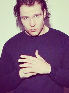 Dean Ambrose... OH BABY... I WANNA DO NAUGHTY THINGS TO THIS MAN<3