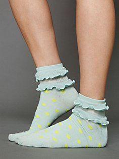 Ruffle Dot Ankle Sock in accessories-socks-legwear Frilly Socks, Cute Socks, My Socks, Casual Chique, Free People Clothing, Rockabilly, Kids Socks, Tight Leggings, Ankle Socks