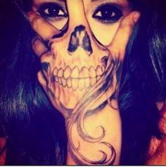 Skull tatto