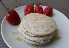 Panckaces cu mac si lamaie Pancakes, Mac, Breakfast, Food, Morning Coffee, Essen, Pancake, Meals, Yemek