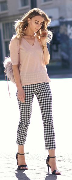 Black And White Crop Check Pants                                                                             Source