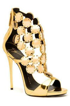 I want these: Giuseppe Zanotti - Shoes - 2015 Spring-Summer Fab Shoes, Dream Shoes, Pretty Shoes, Beautiful Shoes, Cute Shoes, Me Too Shoes, Zapatos Shoes, Shoes Heels, Gold Heels