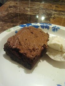 Cut the Wheat, Ditch the Sugar: Chocolate Cake! (Low Carb)