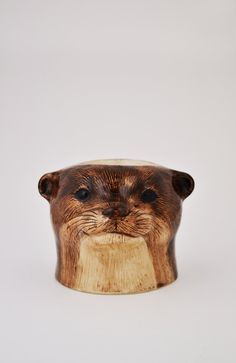 Otter Face Egg Cup! Novelty Egg Cups, Egg Holder, Fine China, Otters, Cool Things To Buy, Eggs, Retro, Antiques, Tableware