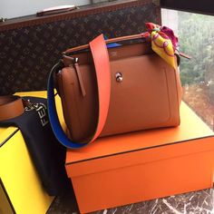 FENDI DOTCOM Brown calf leather handbag for sale at www.ccbellavita.eu