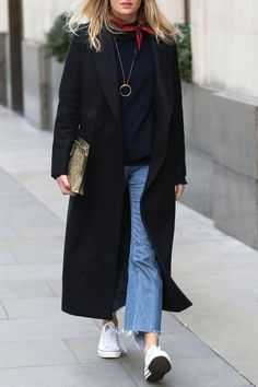 Street Style | Women With Style | Style Inspiration | minimal simple | Minimal and classic | Minimal details fashion | Contemporary fashion