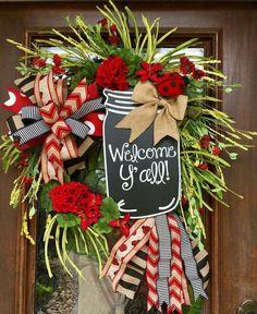Large mason jar and ladybug wreath. I wanna make this for summer with a few modifications. Deco Mesh Wreaths, Holiday Wreaths, Door Wreaths, Holiday Crafts, Christmas Decorations, Wreath Crafts, Diy Wreath, Wreath Ideas, Grapevine Wreath