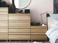 Bedroom with OPPLAND chest of drawers in Oak veneer