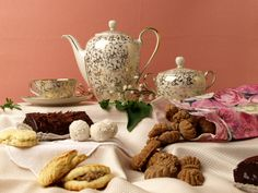 Frühstück mit Muskatzinen Dresden, Tea Pots, Tableware, Kitchen, Ebay, Wine Bars, Ancient Recipes, Rustic, Destinations