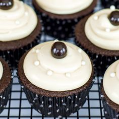 Black and Pearl Cupcakes are rich and chocolatey with cream cheese frosting and a hint of Bailey's.