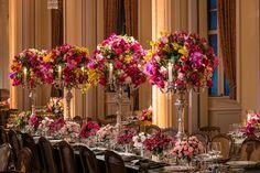 Casamento-de-luxo-Victoria-Joao-arranjos-altos-de-mesa-Foto-Greif-Fotografia - Inesquecível Casamento
