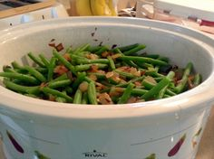 10 minutes of prep and the green beans are in the crock pot! Ready when you are! #Slowcooker #Veggies #greenbeans #healthy
