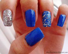 Zebra Print Nails - http://claudiacernean.blogspot.ro/2013/01/unghii-cu-print-de-zebra-zebra-print.html