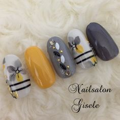 New Nails Yellow Grey Gray Ideas Gel Nail Art, Acrylic Nails, Pastel Nails, Sunflower Nail Art, Violet Pastel, Ring Finger Nails, Japanese Nail Art, Manicure E Pedicure, Autumn Nails