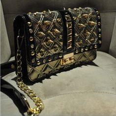 Tide brand diamond chain rivet shoulder handbag