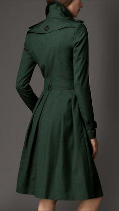 Trench coat longo de seda e lã com saia rodada | Burberry