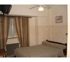 CI32032 - Mar del Plata - Costa Atlántica. Tipo: Hotel 2* Hab.: 32 - Cat.: 2* - Estado: Muy bueno. Sup. cub.: 900 Mts2 - Terreno: 275 Mts2 (11 x 25 mts). El hotel esta ubicado a pocas cuadras el nuevo centro comercial Güemes, a 4 de la playa Bristol y casino. Cuenta con habitaciones amplias y cómodas, en impecable estado de conservación, todas con baño privado, ventilador de techo, calefacción y televisión por cable. Recepción. Desayunador.