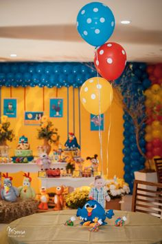 Do you know what our topic today? Did you think about discover new idea about chicken coop decor? 2nd Birthday Parties, Birthday Party Decorations, Dessert Table Decor, Table Decorations, Chicken Coop Decor, Baby Party, Childrens Party, First Birthdays, Party Time