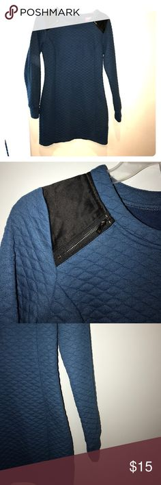 Sasha Fitten Quilted Blue and Black Dress SZ M No flaws. Perfect for fall pet free smoke free home. Shasa Dresses Long Sleeve