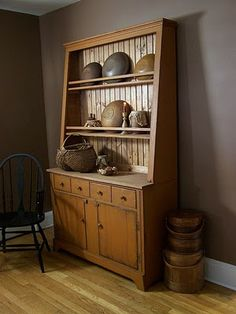Hands on Creations  step back mustard cabinet - great example of form meeting function beautifully!