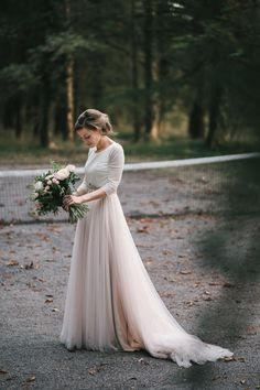Lace Wedding Dresses exquisite dress - A grand . Lace Wedding Dresses exquisite dress - A grand collection of wedding gown images. Cream Wedding Dresses, Fall Wedding Gowns, Classy Wedding Dress, Perfect Wedding Dress, Boho Wedding, Dream Wedding, Wedding Ceremony, Wedding Gown Images, Best Gowns