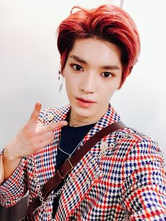 TAEYONG FIRST YOU WRECK ME WITH YOUR LOOKS THAN YOU SLAY ME WITH YOUR VOICE WHAT IS THIS SORCERY!? (NCT is FULL of Bias Wreckers, I swear. We got Taeyong, we got Johnny, we got Taeil, we got Ten, we got them ALL. *dies*)