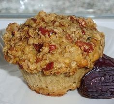 Maya Delights: Oatmeal, Date and Maple Muffins with Pecan Crisp Muffin Recipes, Snack Recipes, Vegan Recipes, Dessert Recipes, Cooking Recipes, Breakfast Muffins, Sweet Breakfast, Breakfast Dishes, Quiche Muffins