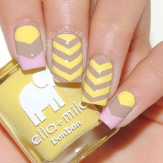 ☀️Bright & happy mani by @amyytran(IG) for your Monday morning! - Single Chevron Nail Vinyls snailvinyls.com