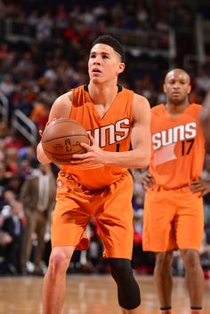 Booker taking a foul shot in the Suns against Rockets game on Rockets Game, Devin Booker, D Book, Phoenix Suns, March Madness, Basketball Players, Kentucky, Bff, Anarchy