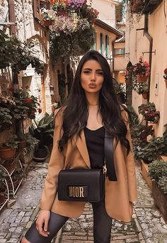 Living life in full bloom 🌺 // 1 or Winter Fashion Outfits, 70s Fashion, Modest Fashion, Fall Outfits, Autumn Fashion, Womens Fashion, Spring Fashion, Fashion Tips, Cute Casual Outfits