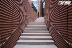 Grassi Pietre ha fornito oltre 500 mq di rivestimenti per il padiglione degli Emirati Arabi Uniti