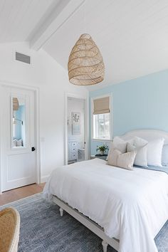 Beach Bedroom Girls, Beach House Bedroom, Beach House Decor, Home Bedroom, Home Decor, Lake House Bedrooms, Beach Cottage Bedrooms, Beach Inspired Bedroom, Coastal Bedrooms