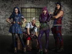 Mal Descendants 2, Core, Punk, Wonder Woman, Wallpapers, Superhero, Bedroom, Fictional Characters, Ideas