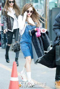 hyunA fashion - denim overalls, adidas originals