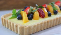 Quick & Simple Cheat's Fruit Flan. This recipe hinges on the use of crushed cookies, instant pudding mix and seasonal fresh fruit to make it a 15 minute...