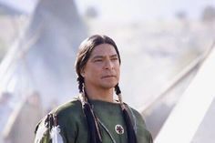 Gil Birmingham as Older Dogstar in Into the West, the Spielberg miniseries. Native American Church, Native American Actors, Native American Photos, Native American Indians, American History, Into The West, Native Indian, Native Art, First Nations