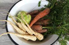Ako spracovať zeleninu na zimu? | Naničmama.sk Carrots, Vegetables, Food, Essen, Carrot, Vegetable Recipes, Meals, Yemek, Veggies