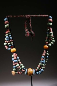 Africa | Glass bead and African amber necklace from the Tuareg people | ca. 60 years old | 750€