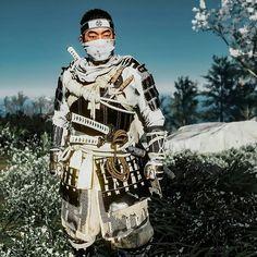 Samurai Warrior Tattoo, Samurai Wallpaper, Character Art, Character Design, Best Gaming Laptop, Samurai Artwork, Ninja Art, Ghost Of Tsushima, Action Poses