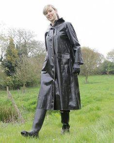 Raincoats For Women London Key: 8257643688 Green Raincoat, Hooded Raincoat, Raincoats For Women, Jackets For Women, Rain Bonnet, Rubber Raincoats, Black Rain Boots, North Face Rain Jacket, Rain