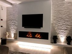 TV Gestaltung Farmhouse Fireplace, Fireplace Mantle, Fireplace Design, Living Room Tv, Coastal Living Rooms, Wall Mount Electric Fireplace, Modern Tv Wall, Kitchen Family Rooms, Wall Mounted Tv