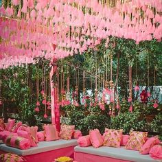 Wedding Decorations Indian Mason Jars - Chic Wedding In Delhi With Exquisite Decor! Marriage Decoration, Wedding Stage Decorations, Wedding Themes, Wedding Designs, Wedding Ideas, Decor Wedding, Wedding Story, Wedding Planning, Punjabi Wedding Decor