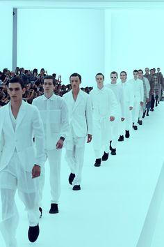 All white at Ermenegildo Zegna SS16. Photography Paolo Musa.