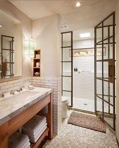 What's your favorite feature in this bathroom design?....Tag a friend who would love this too!... via Houzz . . . . . #fixerupper#newhome#designideas#instaluxe#designporn#interiorinspiration#homeinspo#instadesign#luxuryhome#designlovers#interiorstyle#homeideas#casa#hogar#designinspo#homedecor#realestate#fashionaddict#homeinspo#design#thewelldressedhouse#bathroom#bathroomdecor#bathroomdesign#tile#tiles #bathrooms
