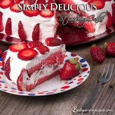 Strawberry cake with cool whip icing and fresh berries