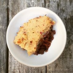 Before deciding to become vegan Shepherds pie was a staple in my house. This version is meat and animal products free as well as being gluten free as well as being oh so delicious!   Base: Lentils Onion Garlic Tomatoes Mushrooms Carrots Topped with:  Sweet potato Coconut oil Lemon juice Spices #vegan #veganism #veganshare #vegansofig #vegetarian #veganfollow #veganglutenfree #vegansofinstagram #glutenfree #glutenfreevegan #gofruityourself #hclf #healthy #highcarb #highcarblowfat #wholefoods…