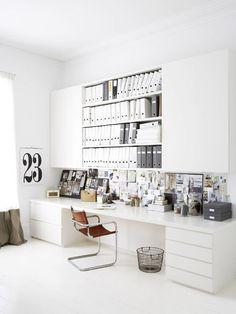 Home office repleto de branco